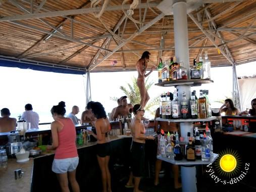 Bar na pláži v Primorsku