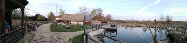 Panoramatický pohled na areál Zooparku Milíčov