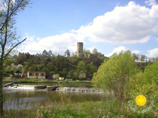 Hrad Dobronice u Bechyně