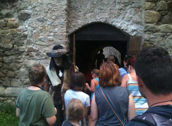 Strašidelná prohlídka hradu Lukov