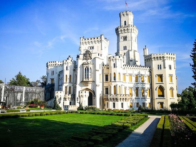 Výlety na hrady a zámky